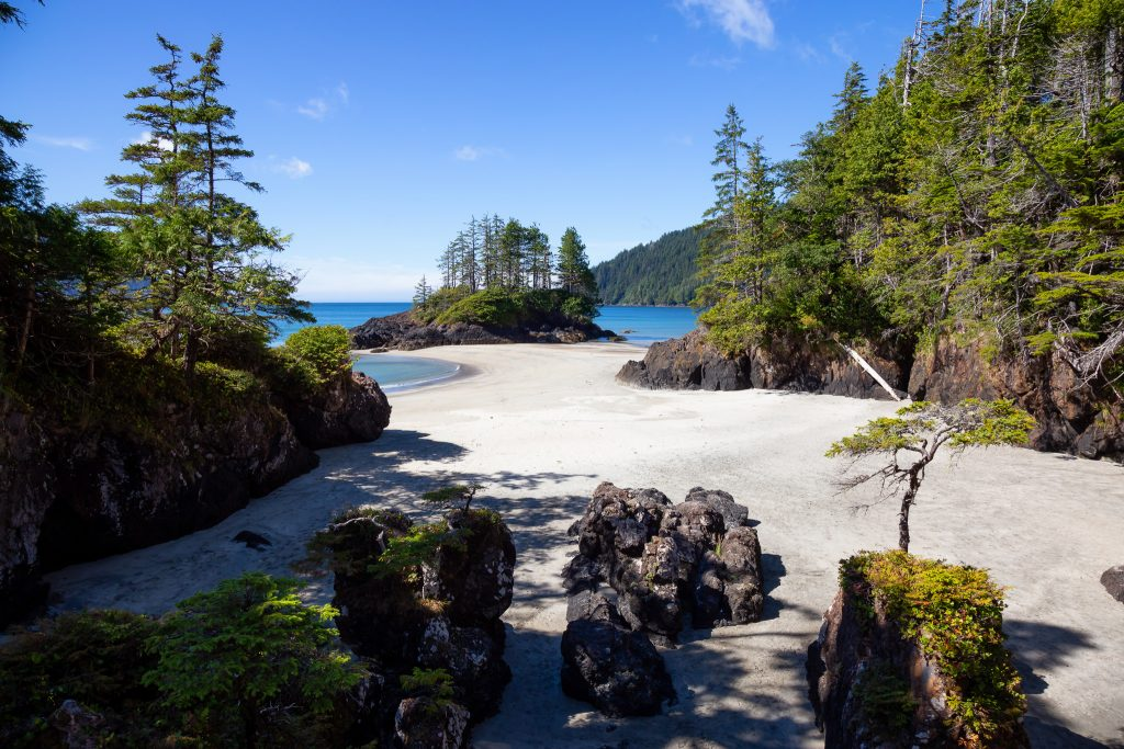Here are the best British Columbia beaches to visit on your next trip to BC. All the best BC beaches and some of the best beaches in Canada. Discovery some amazing beaches along the coast, lower mainland and in the interior of BC. From oceans to lakes with the British Columbia beaches that are perfect for everyone in the family. #explorebc #hellobc #bcparks #yourtofino #osoyoosbc #exploreshuswap #bcbeaches #explorecanada